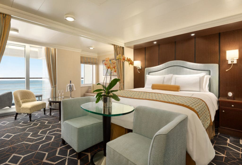 The Penthouse Suites were refreshed during the Oceania Riviera refurbishment.